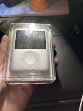 ipod nano 3rd generation 8gb Silver Ma980Ll/A