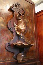 Fontaine cuivre à décor de dauphin stylisé Louis XIV avec support chêne massif