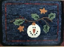 New listing Frost On The Holly Hooked Rug Applique Pattern by DeCuyper Trading Co