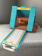 Fisher Price Vintage Little People A Frame House #990 Play Family