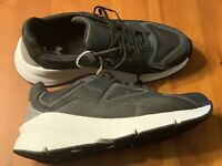 Under Armour Mens Size 11.5 Lace Up Running Athletic Shoes New W/Box
