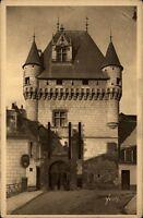 Loches CPA ~1910/20 La Porte des Cordeliers Tour féodale Schloßtor Turm Schloss