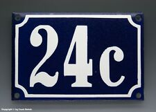 EMAILLE, EMAIL-HAUSNUMMER 24c in BLAU/WEISS um 1960