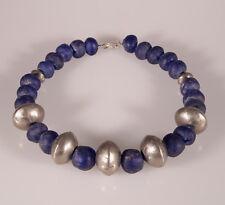 8867 Collier perles en verre recyclé Krobo Ghana  perles Tuareg en metal