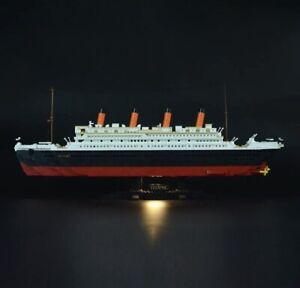 SuSenGo Cruise Ship 0577 Building Block Kit 1021 Pieces Titanic