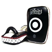 FAIRTEX - Small Curved Thai Pads Muay Thai Boxing MMA Training