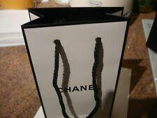 Chanel Wihite Small Paper Gift Bag ( 17 cm x 10 cm x 4.5 cm Approx)