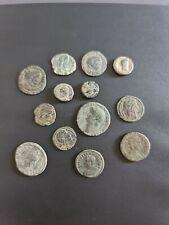 Lote de 7 monedas romanas para limpiar y clasificar.