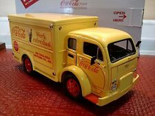DANBURY MINT 1955 COCA COLA DELIVERY TRUCK..1:24..MIB..UNDISPLAYED..12 CANISTERS