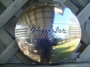 CHRYSLER TOWN & COUNTRY IMPERIAL 300 WINDSOR COUPE HUBCAP WHEEL COVER CENTER CAP