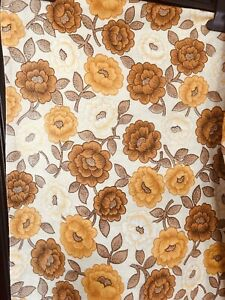 LOTS OF Vintage MATERIAL/ Curtains For caravans, campervans and boats Cushions