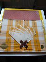 Vintage Irish Table Set Napkins & Tablecloth Spun Woven in Northern Ireland.