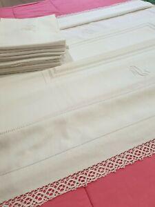 Ancienne nappe double monogramme ML bordé de dentelle et 12 serviettes