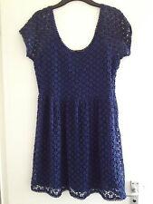 Belle femme ZARA bleu crochet fleur doublée à manches courtes Mini robe-Taille L