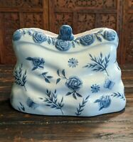 VINTAGE BLUE AND WHITE ROSE BUTTERFLY CERAMIC PURSE VASE
