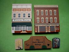 5 piece Cat's Meow Village City News / Victoria'S Parlour / Welcome and bushes.