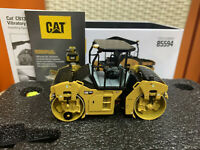 Caterpillar Cat CB13 Tandem Vibratory Roller-Rops 1/50 By DieCast Masters 85594