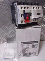 SCHNEIDER TELEMECANIQUE LC2D09B7 REVERSING CONTACTOR 575VAC 9A 24Vac Coil 038320