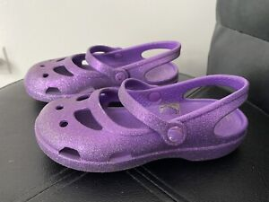 Crocs Girls sandals rubber purple summer Sz 11 ~ NICE ~