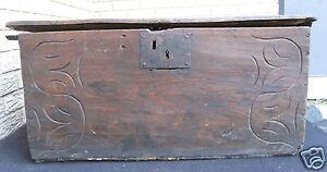 ANTIQUE CANADIAN NORTHWEST BC BRITISH COLUMBIA FOLK ART CARVED WOOD TRUNK BOX