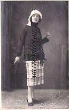PIOVENE: fotocartolina 1925 la signora Vittoria in posa - fotogr. P. Bertoldi