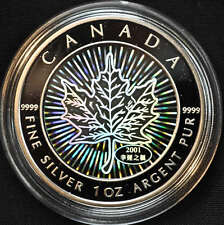 2001 Canada $5 Hologram Silver Maple Leaf  with red box