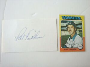 Pat Dobson New York Yankees Signed Index Card & Unsigned 1975 Baseball Card