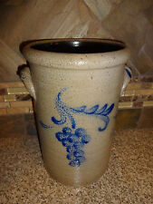 """ROWE POTTERY WORKS 1998 Utensil 9.25"""" Tall Crock Blue Grapes Handles"""