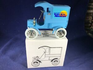 W-48 ERTL 1:38 SCALE DIE CAST BANK - 1905 DELIVERY  - NIB - WAKE UP TO MISSOURI