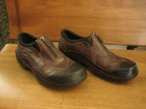 Clarks Muckers Women's Size 10 Black Brown Zipper Waterproof Rain Slip On