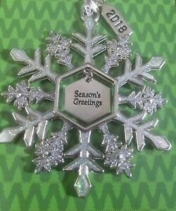 "Christmas Snowflake ""Season's Greetings""  Ornament by Ganz Collectable New."