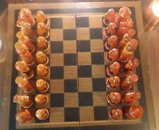 Magnifique jeu d'échecs artisanal russe en bois peint à la main - Matriochkas !