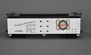 White Cap Beer Reefer - 40' - Train Miniature - CUSTOM ONE OF A KIND