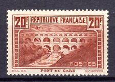 230517).......PONT DU GARD TYPE IIA..... NEUF**....coté 650 euros.....signé