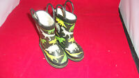 Child/Toddler Western Chief Sz  4/5 Dinosaur deco Rain Water Proof Boots Pull On