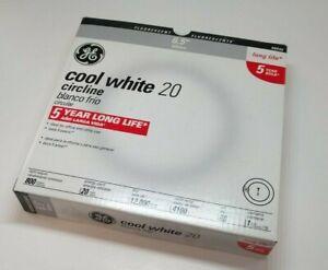 GE 6 Inch 20 Watt Circline Fluorescent Lamp - Cool White - FC6T9/CW - 42732 -
