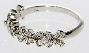 925 Sterling Silver Cubic Zirconia Ring - Flower Design