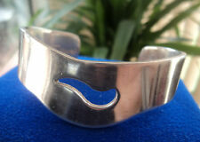 HEAVY Silver Irish Bracelet / Bangle - Newbridge Silverware of Kildare Ireland