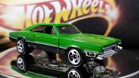 HOT WHEELS  MUSCLE CAR 1969 DODGE CHARGER  GREEN BLack Interior