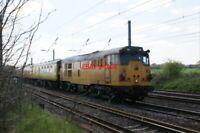 PHOTO  31 233 CLASS 31 NO 31 233 (EX-NO D5660) (EX-'SEVERN VALLEY RAILWAY'; EX-'