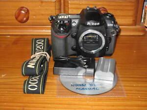 Nikon D200 SLR Digital Camera - Only 20880 shutter actuations.