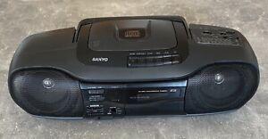 CD RADIO KASSETTEN RECORDER SANYO Compact Disc Digital Audio #K03