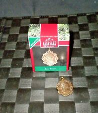 "1990 Hallmark Keepsake Miniature Ornament ""Brass Bouquet"""