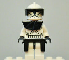 Lego Star Wars Minifigure Clone Commander Minifig with gear from 8014