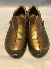 Clarks Collection Women's size 6M Casual shoes