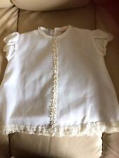 Rob Roy,Vintage baby white Terylene dress,short sleeves, Daisys down front, 16""
