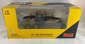 CAT Construction Die Cast Metal Motor Road Grader Tractor NIB New Toy 1:50 140 M