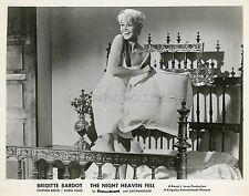 BRIGITTE BARDOT LES BIJOUTIERS DU CLAIR DE LUNE 1958 VINTAGE PHOTO ORIGINAL #13