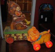 FISHER PRICE PULL TOY TEDDY TOOTER 150 BEAR RARE FIND 1940 / FREE CRY BABY BEAR