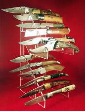Présentoir en plexi pour 12 couteaux , réf C12.